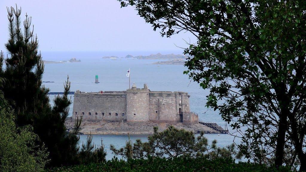 Le château du Taureau sans le père Fouras !