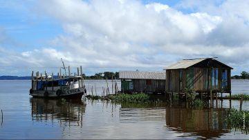 Santarém-Manaus  / Bateau Rondinia