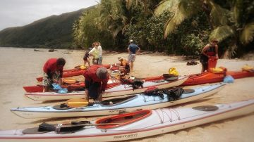 Departure from Nouméa- Forgotten Coast in kayak- Guided tour-Four days