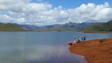 Départ pour la Grande Traversée Kayak - mise à l'eau du Lac