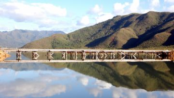 Départ pour la Grande Traversée Kayak - mise à l'eau du Pont Pérignon